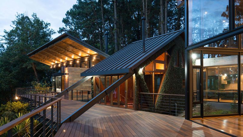 Elegantly Modern Forest Retreats | Architecture, Forest house .