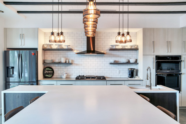 Downtown Tampa, Contemporary Industrial Style Family Home .