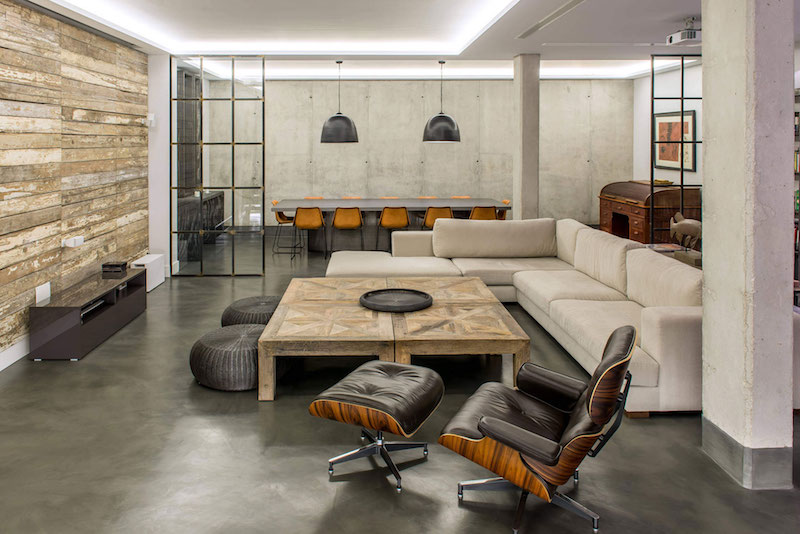 Modern-Industrial House With Sophisticated Decor Accen