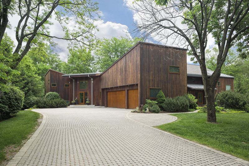 Contemporary, industrial home in Riverwoods: $1.8M - Chicago Tribu