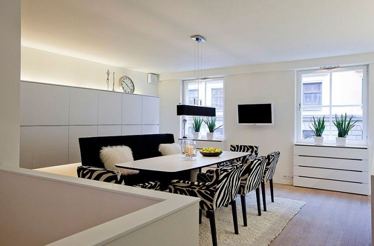 Scandinavian Design: Contemporary White Duplex Apartment in .