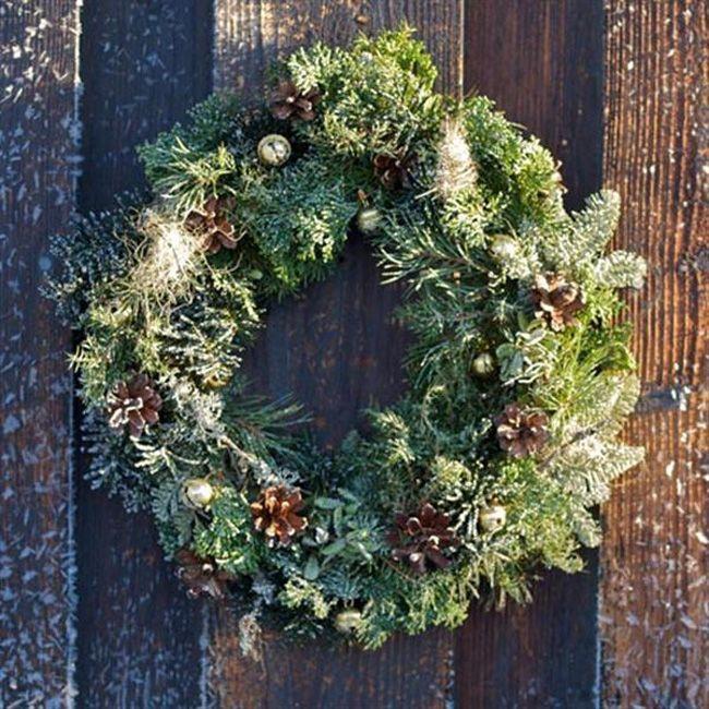 Wreaths Archives - DIY Christmas Decorations | Christmas wreaths .