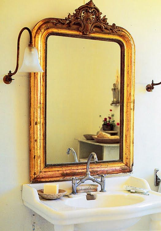 33 Cool Idea To Use Big Golden Mirrors For Your Decor | Gold .