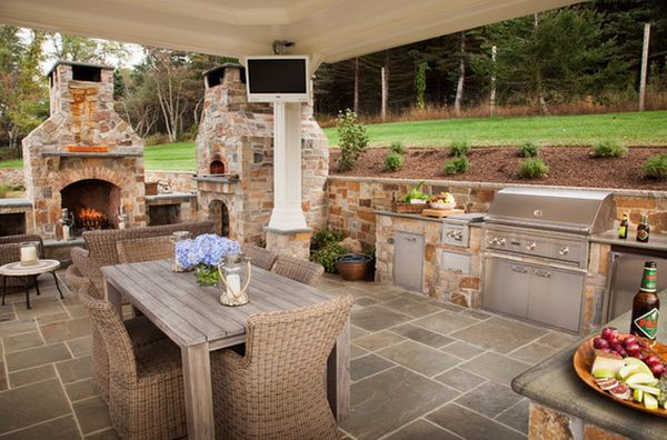 Outdoor Kitchen Designs Featuring Pizza Ovens, Fireplaces And .