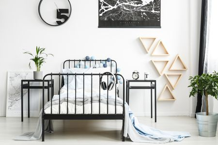 Small Bedroom Decorating Ideas for Teenage