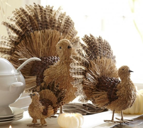 Cool Turkey Decorations For Your Thanksgiving Table - DigsDi