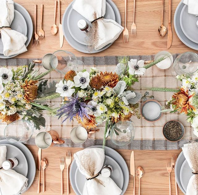 60 Thanksgiving Table Settings - Thanksgiving Tablescapes .