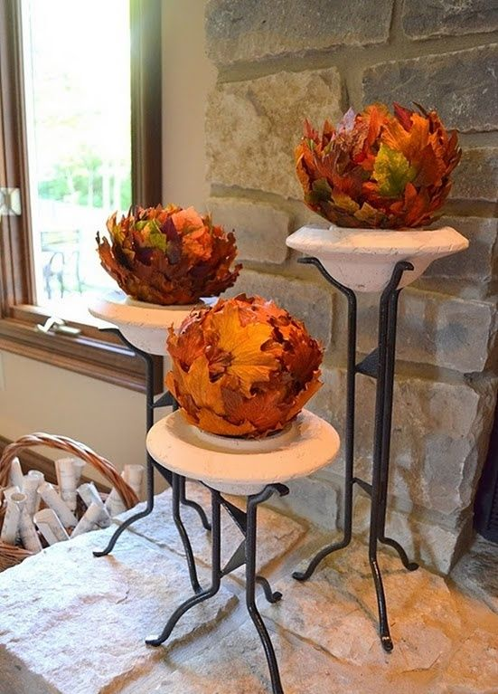 30 Cool Ways To Use Autumn Leaves For Fall Home Décor | Fall home .