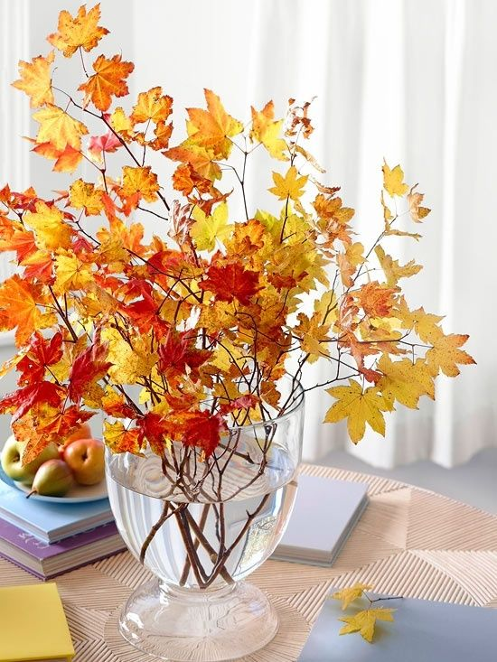 30 Cool Ways To Use Autumn Leaves For Fall Home Décor | DigsDigs .