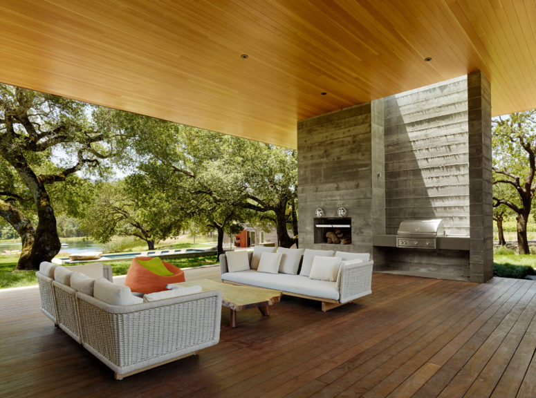 California Country Home With Outdoor Living Spaces - DigsDi