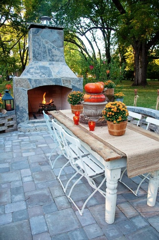 DIY -Welcome the Fall with Warm and Cozy Patio Decorating Ideas .