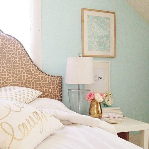 adore the gold touches | Home bedroom, Home, Bedroom dec
