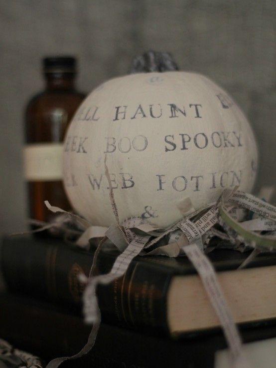 44 Cozy Rustic Halloween Decor Ideas | Classy halloween, Rustic .