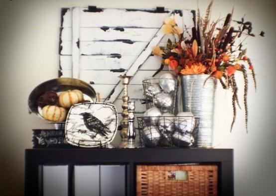 44 Cozy Rustic Halloween Decor Ideas - DigsDi