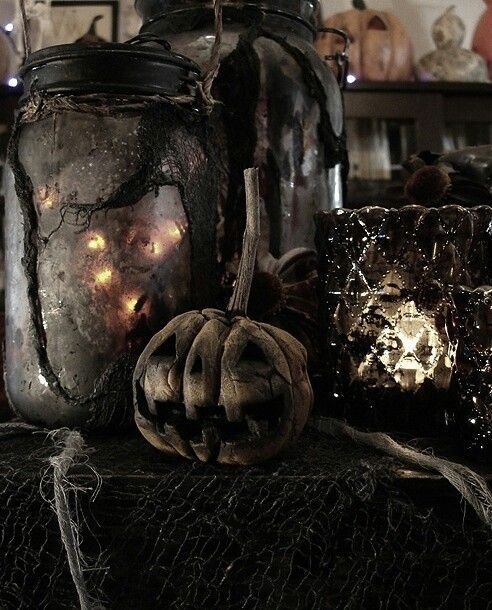44 Cozy Rustic Halloween Decor Ideas | DigsDigs | Rustic halloween .