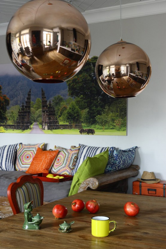 Crazy And Ironic Eclectic Moscow Apartment - DigsDi