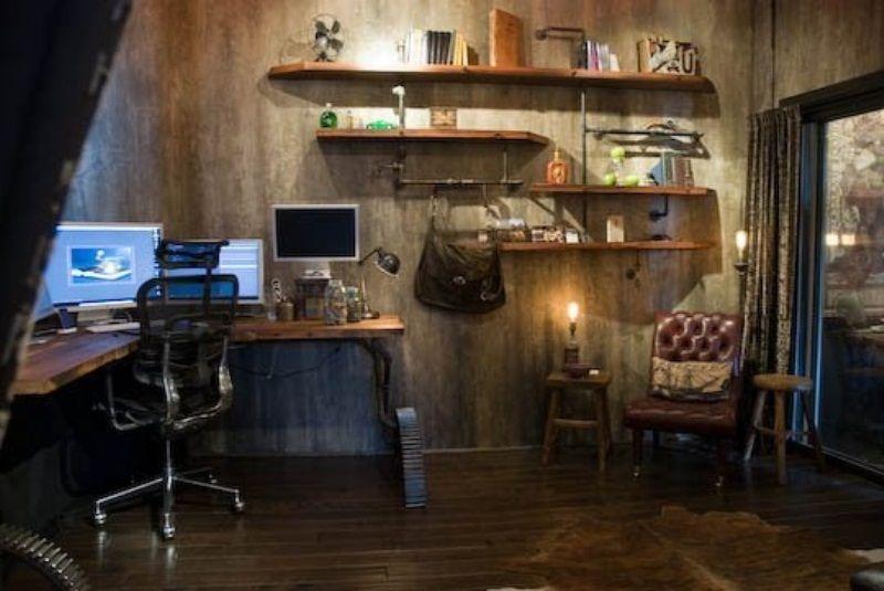 28 Crazy Steampunk Home Office Designs | Steampunk house .