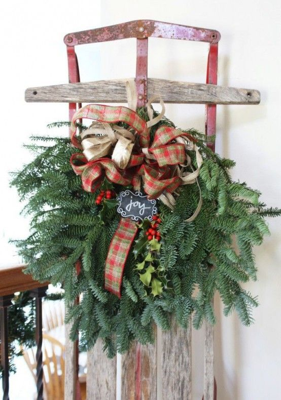 Fun And Creative Sleigh Decor Ideas For Christmas | Christmas .