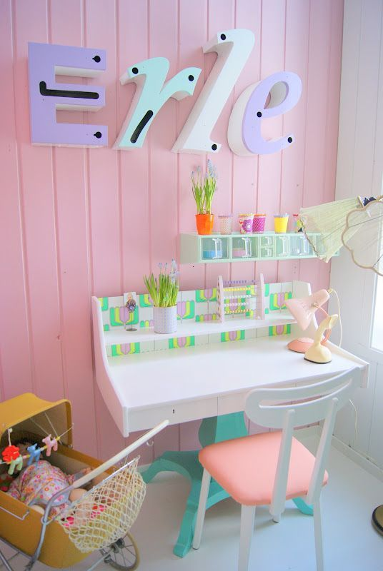 31 Awesome Kids Desk Spaces To Get Inspired | Kidsoman