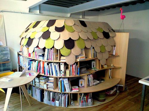 Creative Bookcase Bedroom in Japan - DigsDi