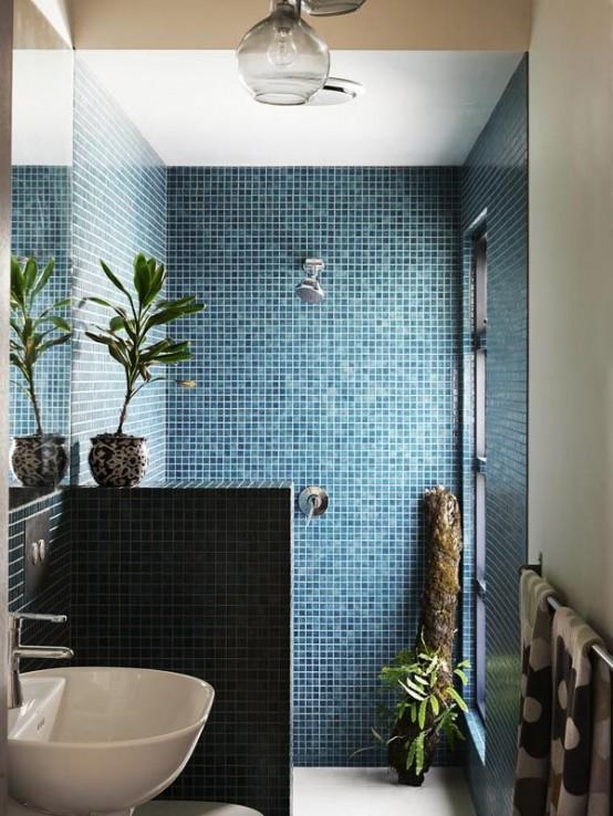 Creative Décor: 39 Bathrooms With Half Walls - DigsDi