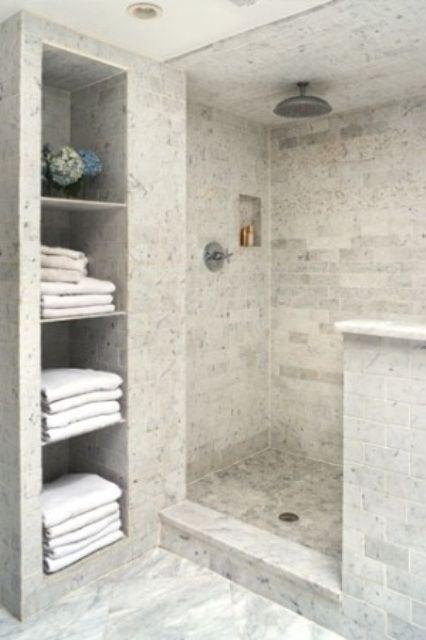 www.digsdigs.com creative-decor-39-bathrooms-with-half-walls .