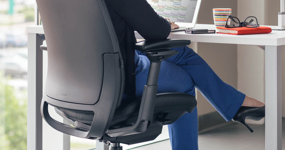 Sizing Up the Right Petite Chair for Smaller Users - Human Soluti