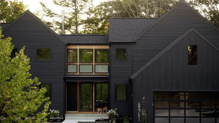 dark exterior – Cecilia Moyer Bl