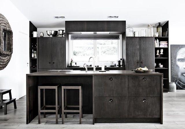 Line Klein   Modern kitchen, Natural wood kitchen, Kitchen furnitu