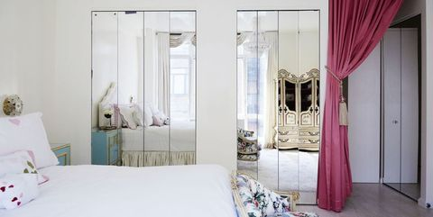 How to Decorate with Mirrors - Decorating Ideas for Mirro