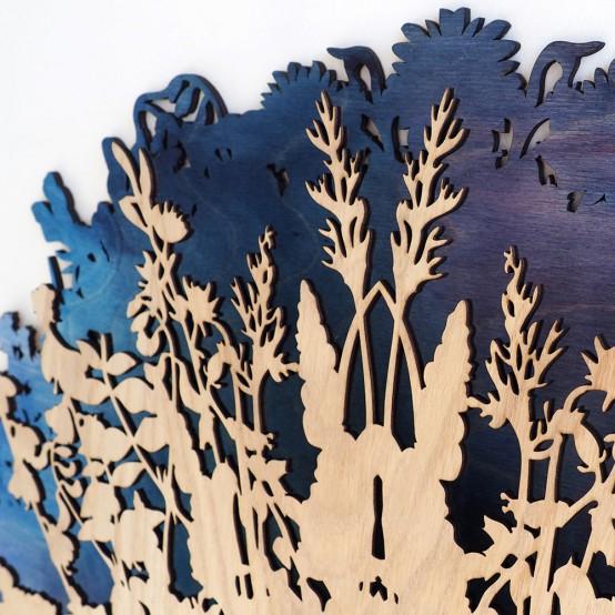 Dramatic And Eye-Catching Botanical-Inspired Clock - DigsDi