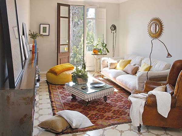 Stylish apartment reform exuding eclectic charm in Barcelo