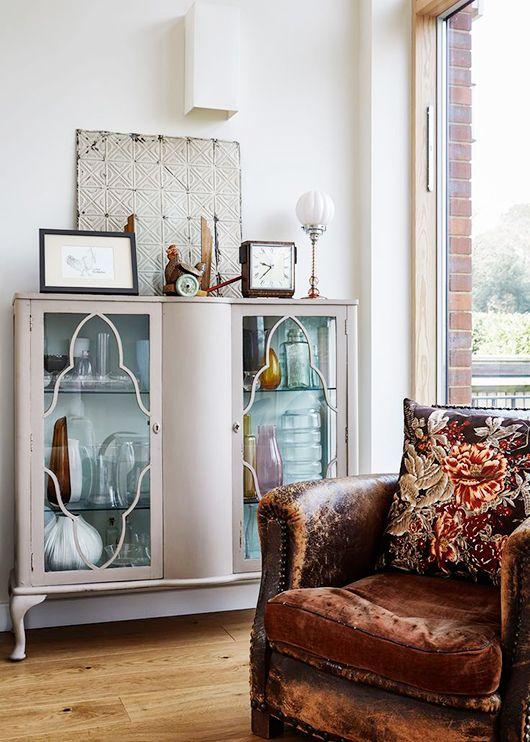 vintage vibes. | Chic living room, Modern vintage homes, Eclectic ho