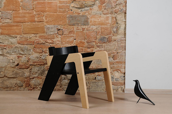 Easy Assembly Modern Wooden IO Chair by Juan Ochoa   Home Design Lov