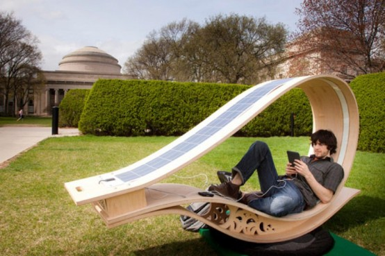 Energy-Effective Lounge Chair To Charge Your Devices - DigsDi