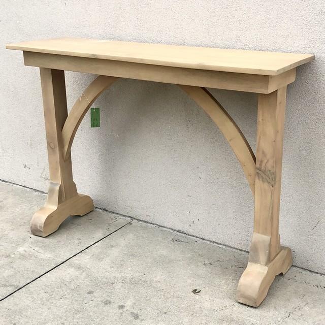 Entryway Console Table - Nadeau Columb