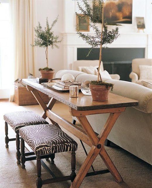 Neutrális színek- bézs otthonok | Small dining room table, Sofa .