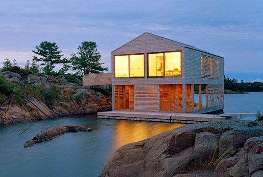 Beautiful Lake Huron Floating House by MOS   Floating house, Water .