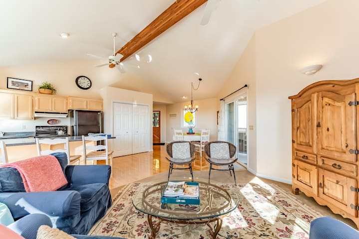 Inviting home next to Arcata's Redwood Forest w/ panoramic views .