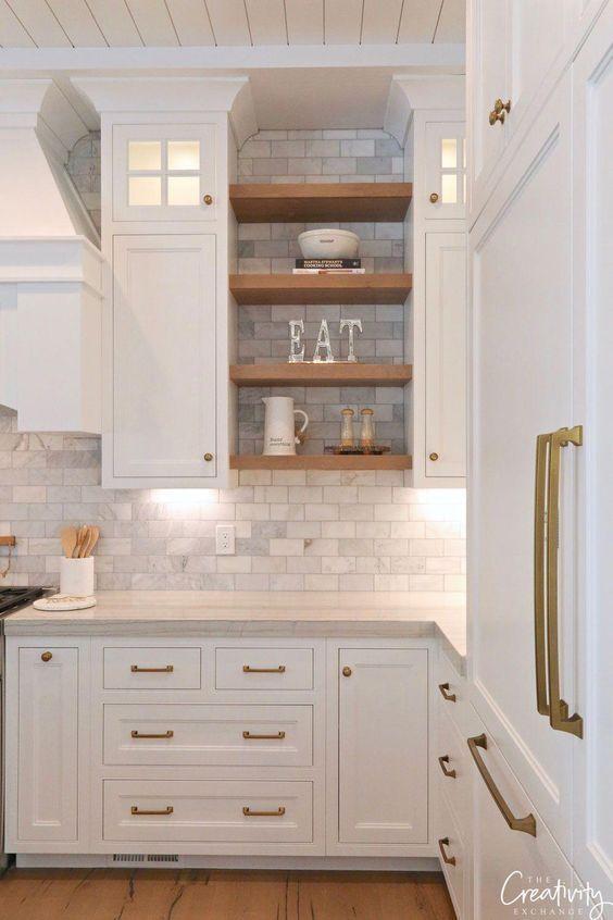 11 Fresh Kitchen Backsplash Ideas for White Cabinets in 2020 .