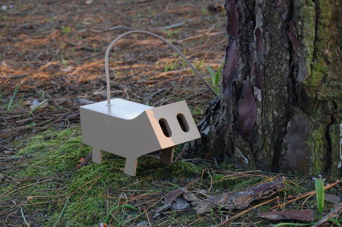 Modern Lightning Design in Funny Animal Shape – Passa Cabos - The .