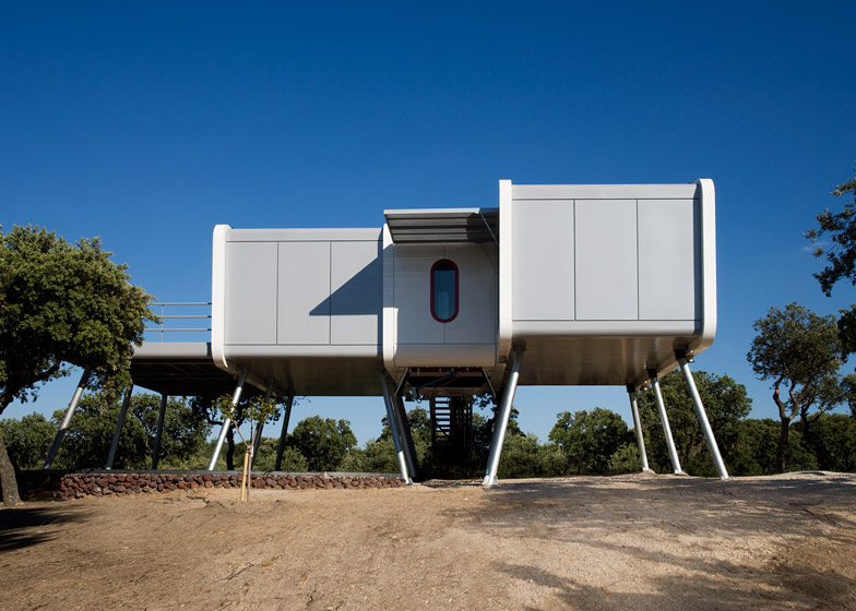 NOEM's Spaceship Home is a shiny sci-fi structu