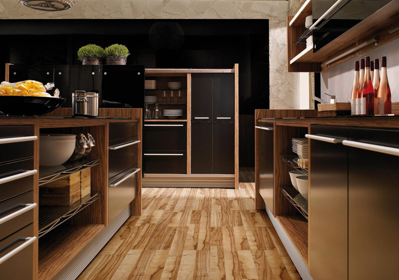 Glossy Lacquer with Natural Wood Kitchen Design - Vitrea from .