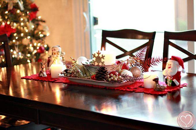Easy Christmas Centerpiece Ide