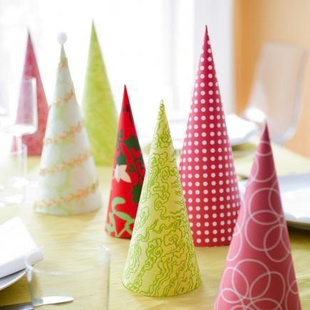 50 Easy Christmas Centerpiece Ideas | Holiday centerpieces .