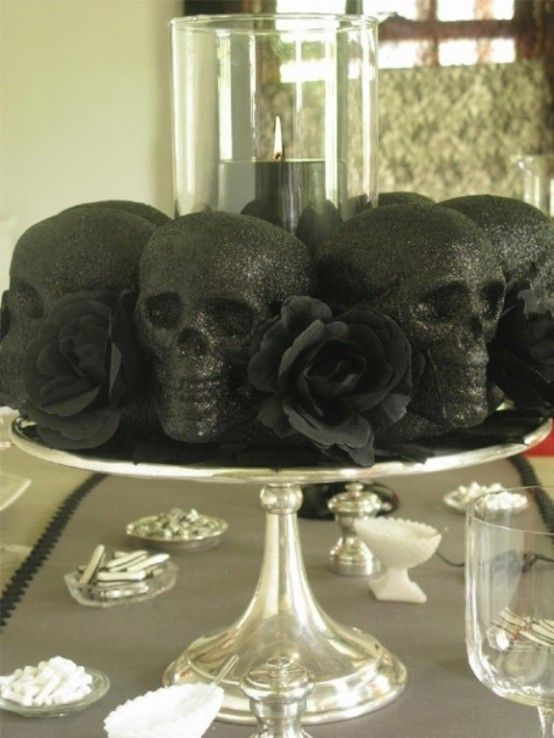 Halloween In Black – The Most Stylish And Scary Party Ever .
