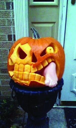 INGENIOUS PUMPKIN CARVING IDEAS - Homes Tre | Scary pumpkin .