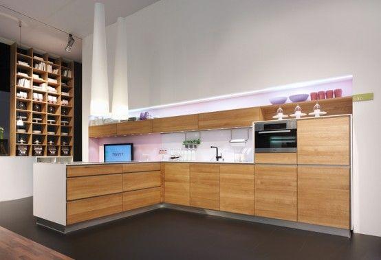 Handle-Less Natural Kitchen Design - Vao by Team7 (com imagen