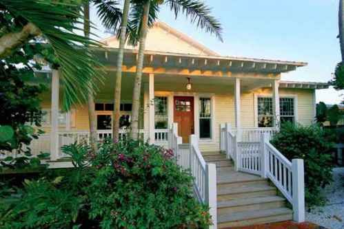 Beach bungalow | Florida beach house, Beach cottage style, Beach .