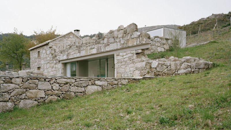 Modern Stone Rubble Dwellings | Stone houses, Modern architecture .